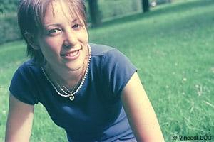 Portrait photo apres la retouche photoshop : traitement croise C41 en E6