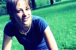 Portrait photo apres la retouche photoshop : traitement croise E6 en C41