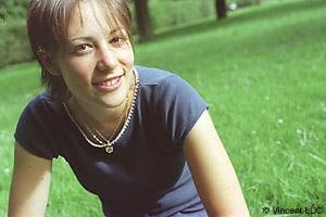 Portrait photo avant la retouche photoshop : traitement croise C41 en E6